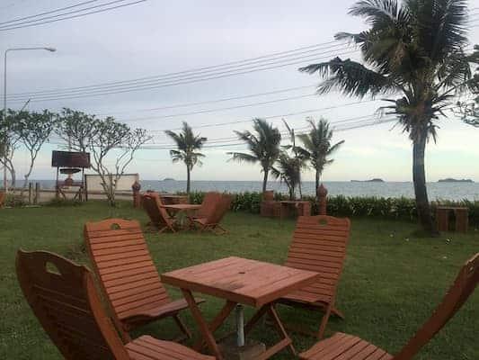 โรงแรมระยองเพรสซิเด้นท์ (Rayong President Hotel)