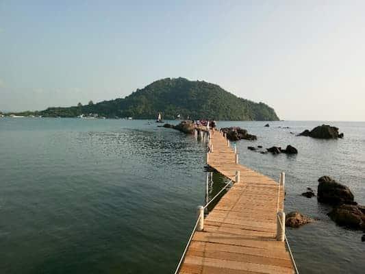 จุดชมวิวเจดีย์บ้านหัวแหลม-บ้านพักติดทะเลจันทบุรี-itravel
