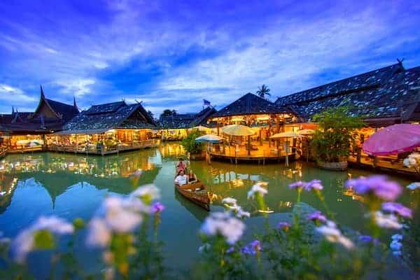 ตลาดน้ำสี่ภาค-ที่พักชลบุรีติดทะเลมีสระว่ายน้ำ-itravel