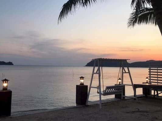 บ้านสุรัสวดี รีสอร์ท-บ้านพักติดทะเลจันทบุรี-itravel
