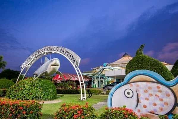 พิพิธภัณฑ์สัตว์น้ำ Underwater World Pattaya-ที่พักชลบุรีติดทะเลมีสระว่ายน้ำ-itravel