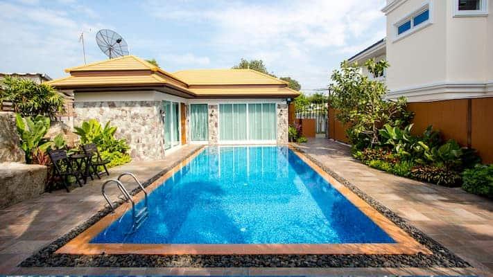 ภูเพลสส์ รีสอร์ท-ที่พักชลบุรีมีสระว่ายน้ำส่วนตัว-itravel
