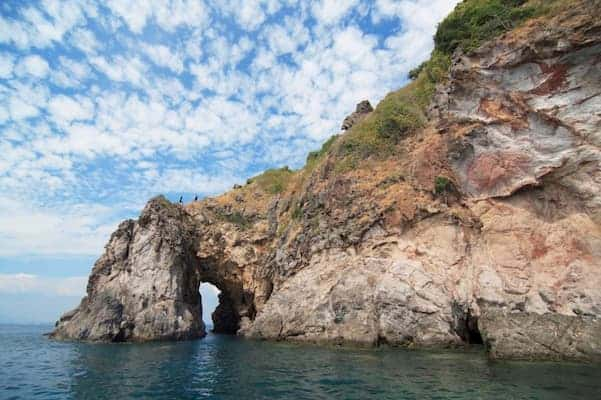 เกาะทะลุ-ที่พักระยองติดทะเลปิ้งย่างได้-itravel