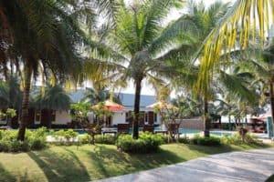 หาดทรายทอง-ที่พักจันทบุรีติดทะเลครอบครัว-itravel