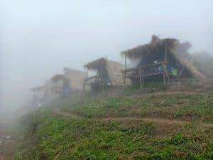แคมป์วิวหมอก ภูทับเบิก-ที่พักภูทับเบิกวิวทะเลหมอก-itravel