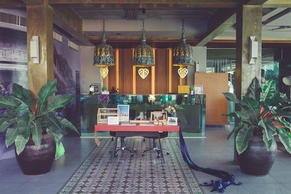 โรงแรมครก บูติค แอนด์ บิสโตร -ที่พักบุฟเฟ่ต์อาหารทะเลชลบุรี-itravel