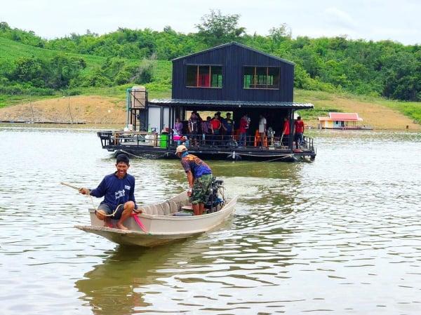 แพตกปลา ลุงซุย เขื่อนศรีนครินทร์-แพกาญจนบุรี-itravel